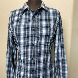 Joe Fresh women tartan plaid shirt